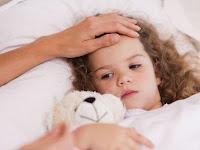 Selain Menggunakan Obat Panas Anak, 6 Cara Ini Juga Efektif Redakan Demam Buah Hati