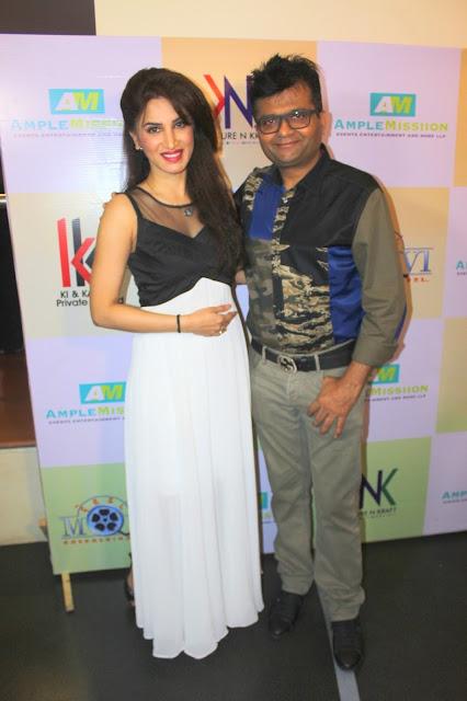 8. Smita Gondkar with Dr. Aneel Murarka