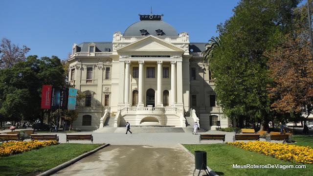 Museu de Arte Contemporânea - Santiago, Chile