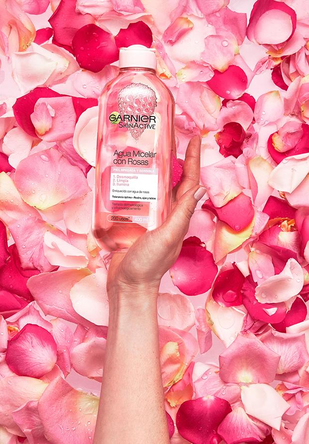Garnier lanza un agua micelar con rosas y discos demasquillantes reutilizables