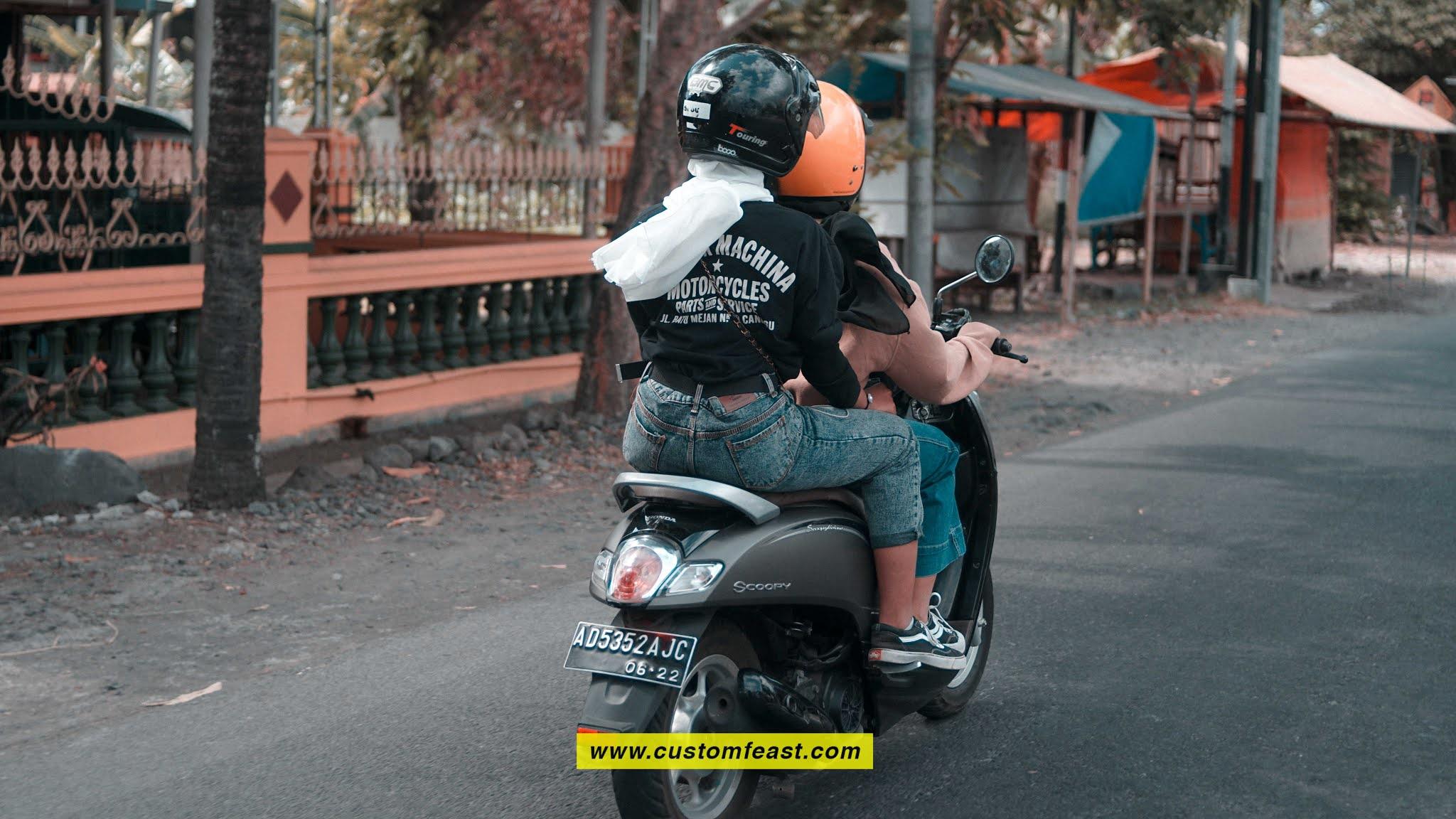 rider cewek scoopy