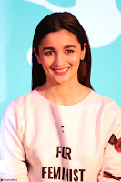 Alia Bhatt looks super cute in T Shirt   IMG 7782.JPG