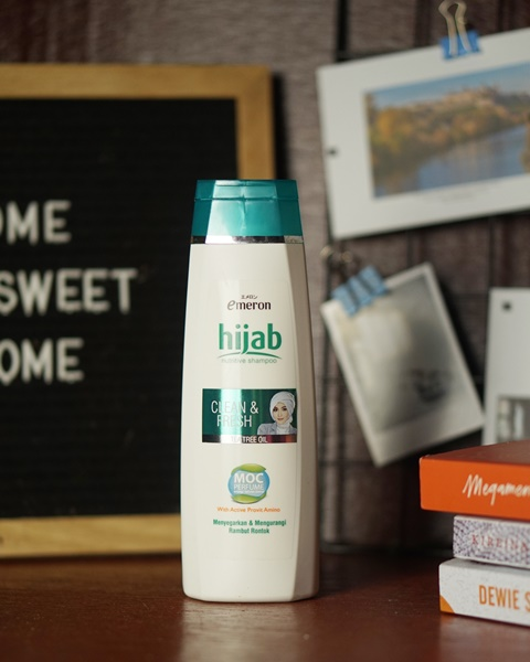 emeron hijab, shampoo, produk perawatan kulit