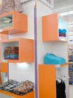 furniture semarang - etalase pakaian butik distro muslim hijaber 04