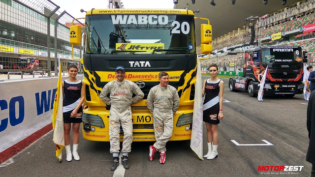 David Vrsecky with Antonio Albacete at 2017 Tata T1 Prima Truck Racing India