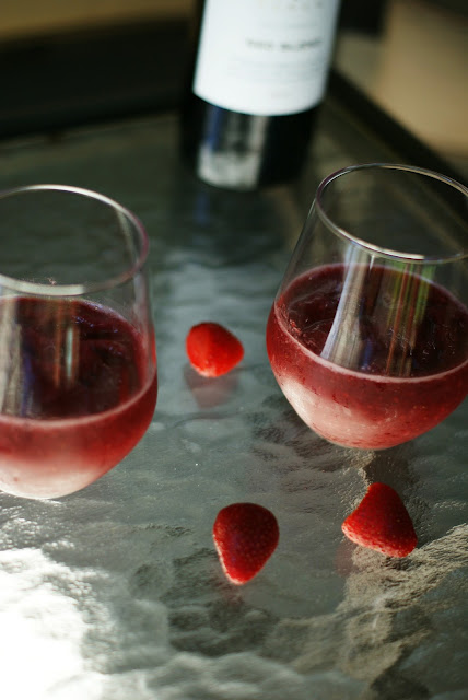 Easy Red Wine Slushie