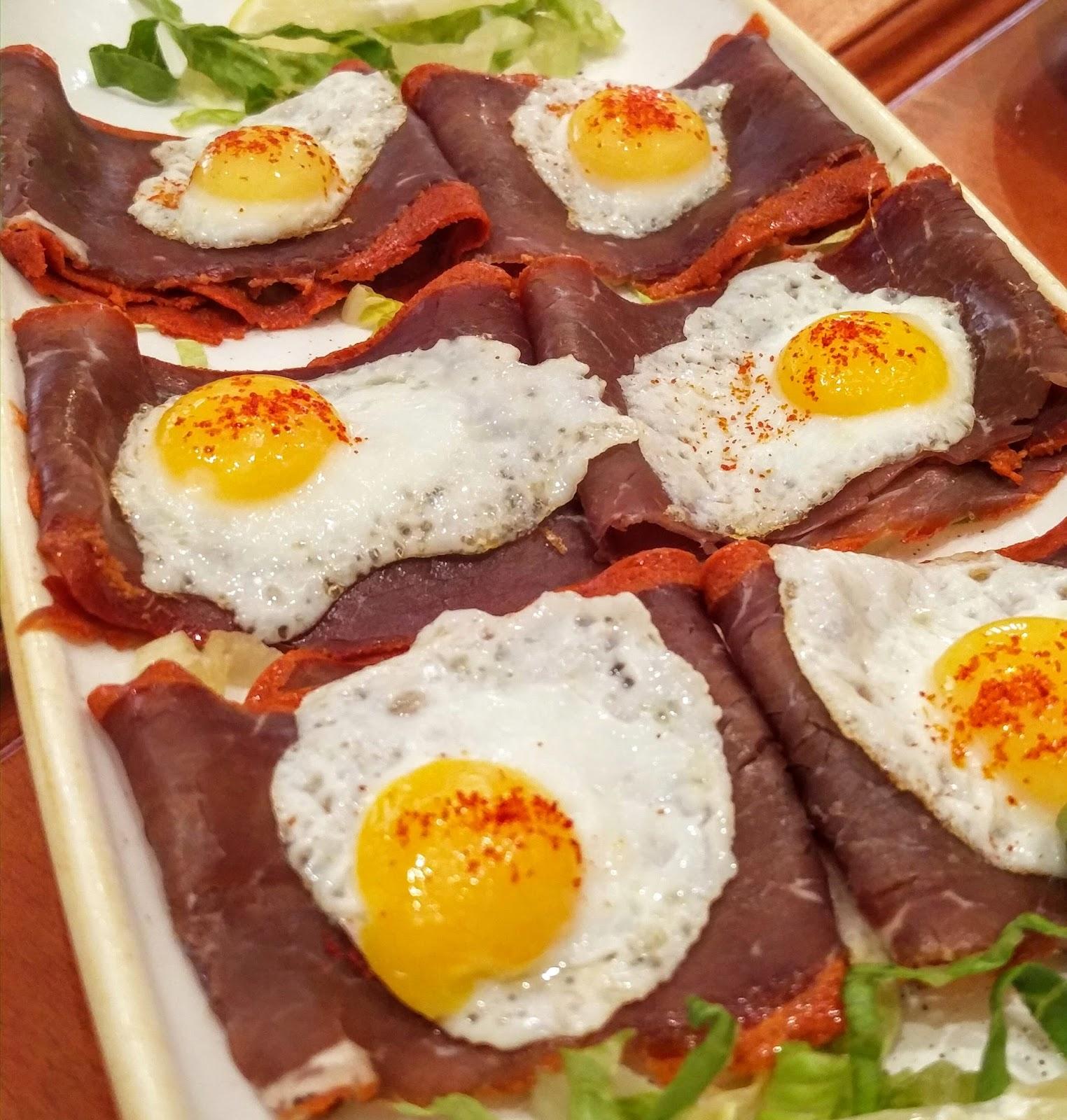 Classically homey armenian food spreads across beirut for Armenian cuisine