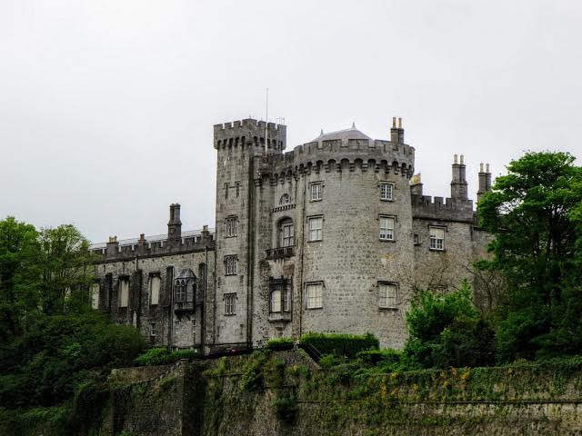 Travel Ireland by Train from Dublin: Kilkenny Castle