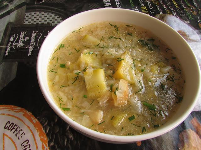 zupa ziemniaczano - cukiniowa