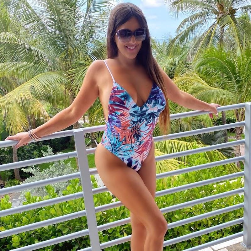 Claudia Romani Social Media Snaps 24 Aug -2020