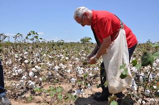 Frei Anastácio garante empenho para conclusão de usina de beneficiamento de algodão em Remígio