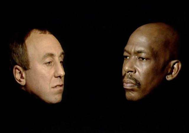 Norman Lovett as Holly and Charles Augins as Queeg