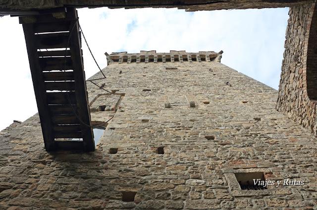 Torre del castillo de Vigoleno, Piacenza, Italia