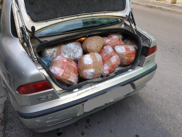 Συνελήφθη φορτωμένος με 107 κιλά κάνναβης