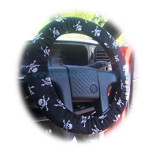 Skull and Crossbones cotton steering wheel cover - Poppys Crafts