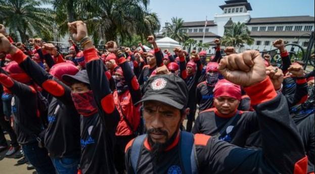 Hari Ini Puluhan Ribu Buruh Bakal Gelar Unjuk Rasa di Gedung DPR