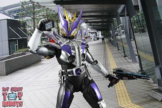 S.H. Figuarts Shinkocchou Seihou Kamen Rider Den-O Sword & Gun Form 67