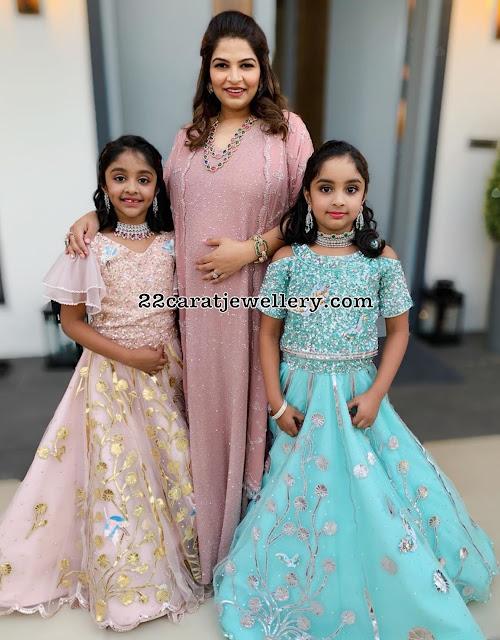 Manchi Vishnu Daughters in Diamond Chokers