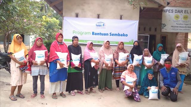Rumah Yatim Peduli, Salurkan Bantuan Bahan Pokok untuk Warga Rumbai Pesisir