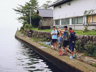 近江舞子漁港でブラックバス、ブルーギル釣、子供でも簡単