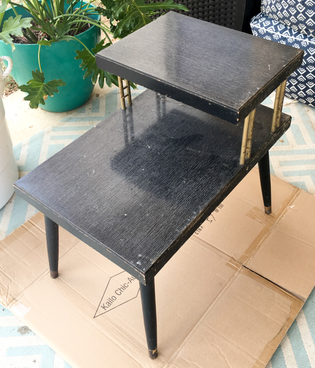 Learn how to DIY your own MCM - Mid Century Modern Two Tone Colorblocked Side table using spray primer and latex paint