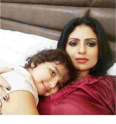 Hasin jahan with doughter