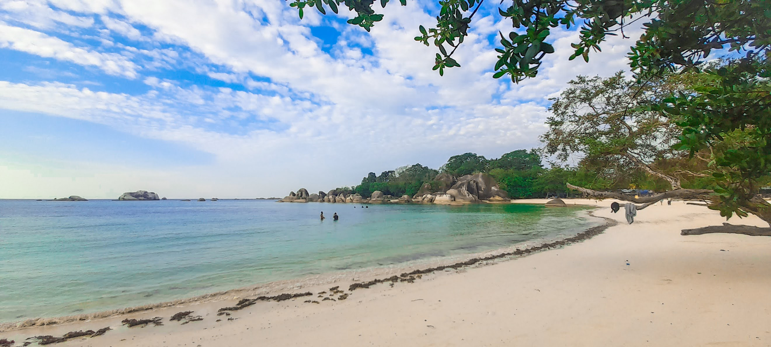 Pesona Geopark Batu Raksasa di Pulau Belitung yang diakui UNESCO