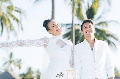 Menikah Diluar Negeri, 5 Selebriti Ini Tetap Melakukan Resepsi di Indonesia