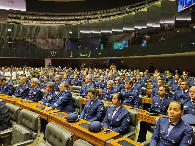 Dia da Força Aérea Brasileira e do Aviador é comemorado com solenidade na Câmara dos Deputados