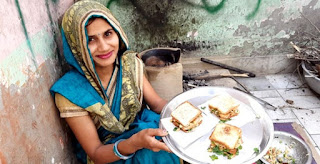 Babita Parmar -  Indian girl is making famous street food BREADROLL ,