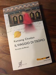 https://www.amazon.it/Il-viaggio-Tsomo-Choden-Kunzang/dp/8869680398/ref=as_li_ss_tl?s=books&ie=UTF8&qid=1491043305&sr=1-1&keywords=Il+Viaggio+di+Tsomo&linkCode=sl1&tag=labibldellest-21&linkId=f413b524d63a923ed69e3a379a2b46c7