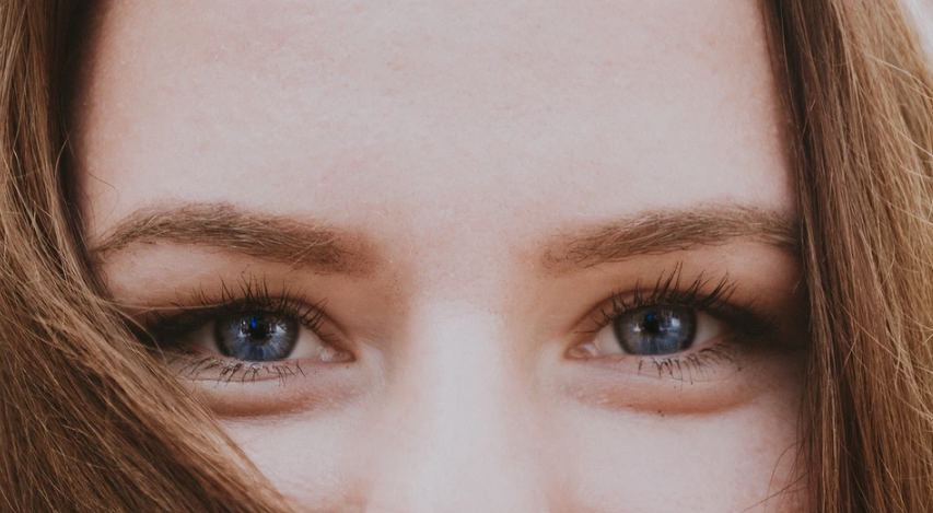 What to do with bags under the eyes: from patches to blepharoplasty
