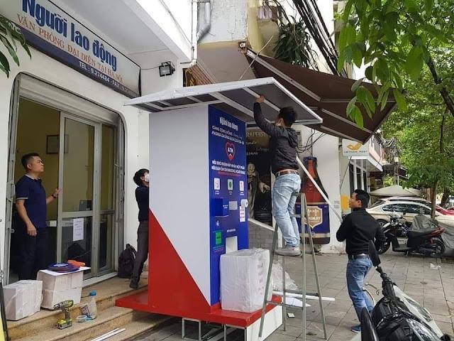 Cây ATM thực phẩm đầu tiên của báo giới hỗ trợ người dân