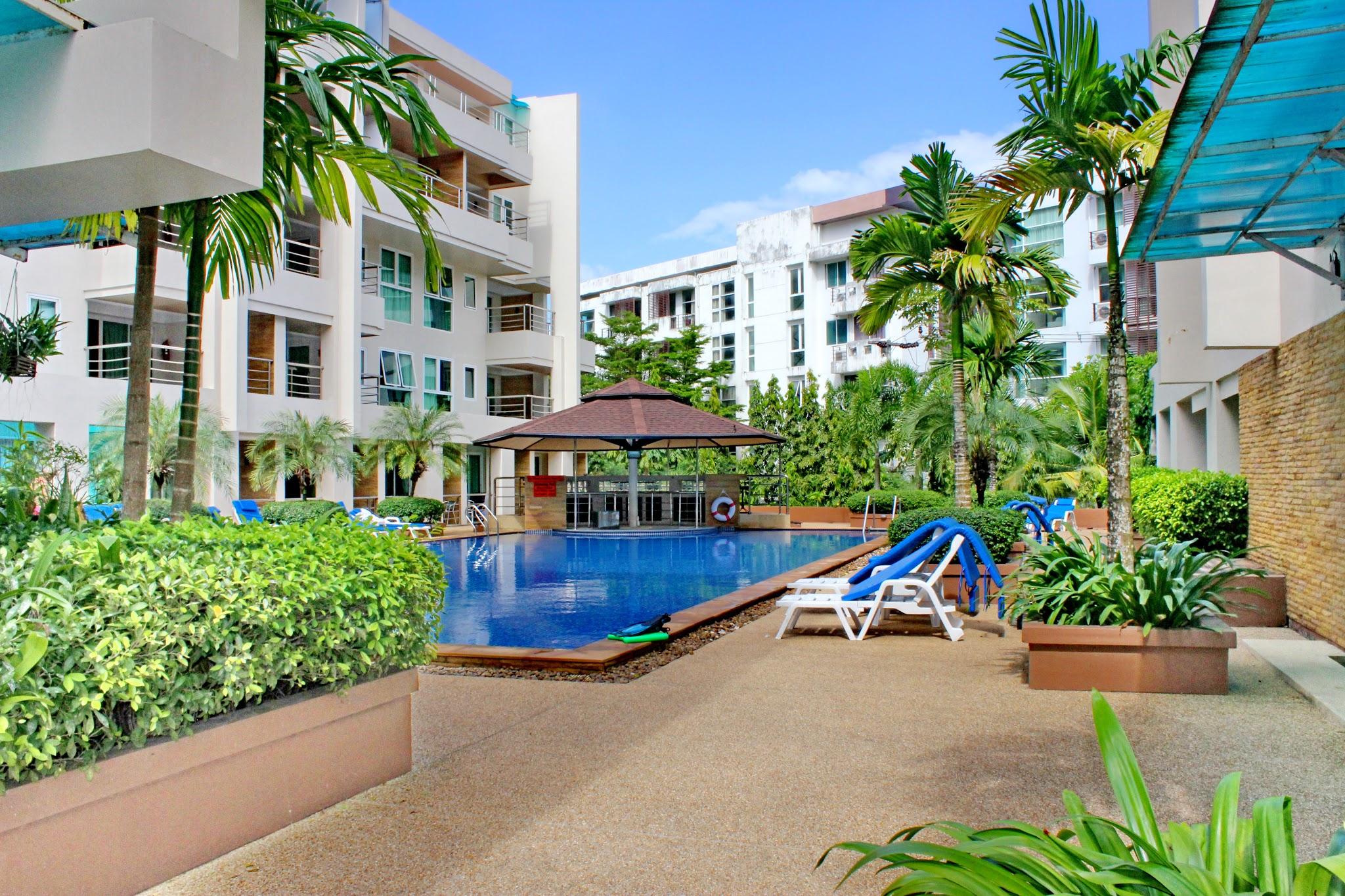 Patong Harbor View Pool and Pool Bar