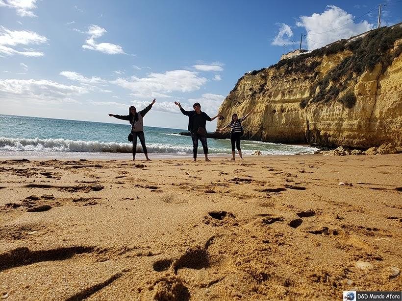 Praia do Carvoeiro no Algarve, Portugal