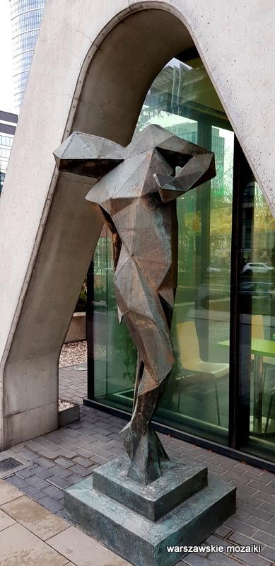 Warszawa Warsaw rzeźba z brązu 2016 Wola Tower odlew artysta wola