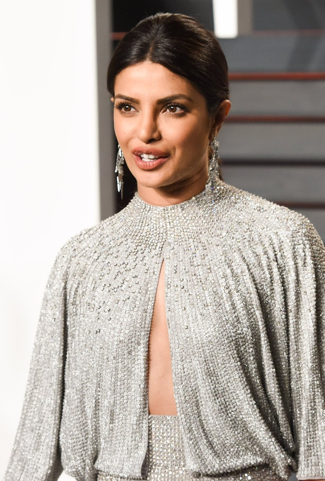 High Quality Bollywood Celebrity Pictures Priyanka Chopra -8854