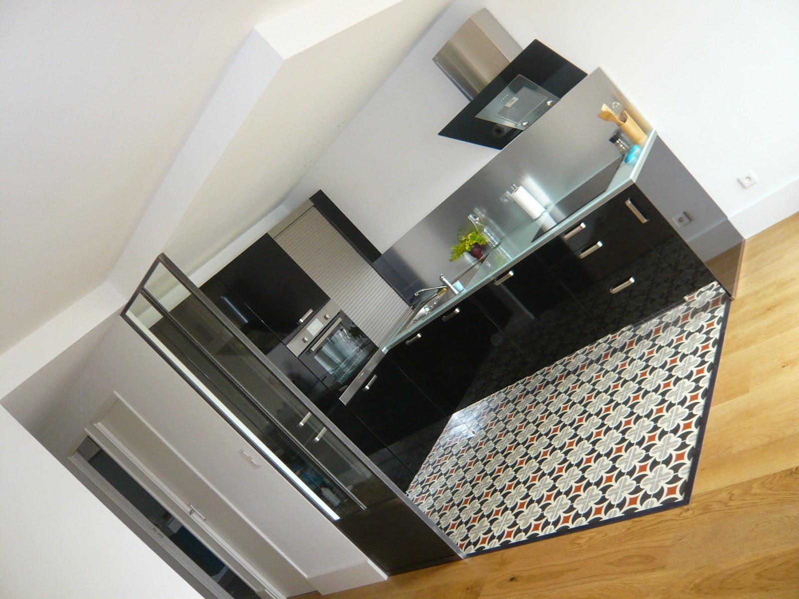 verriere cuisine et carrelage tomette brok n deco. Black Bedroom Furniture Sets. Home Design Ideas
