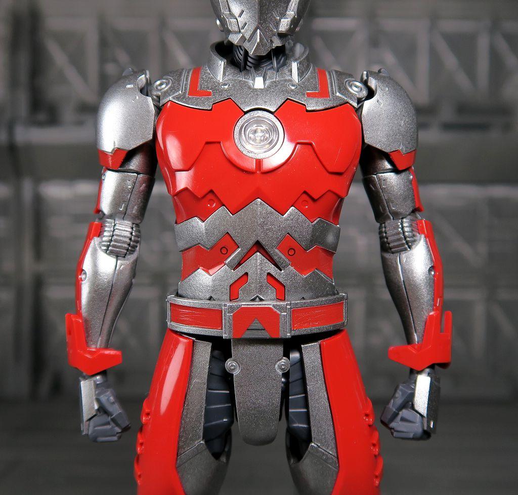 阿姆微的玩具簿Decade: Figure-rise Standard 1/12 ULTRAMAN SUIT A (清水榮一×下口智裕 ULTRAMAN 超人力霸王)