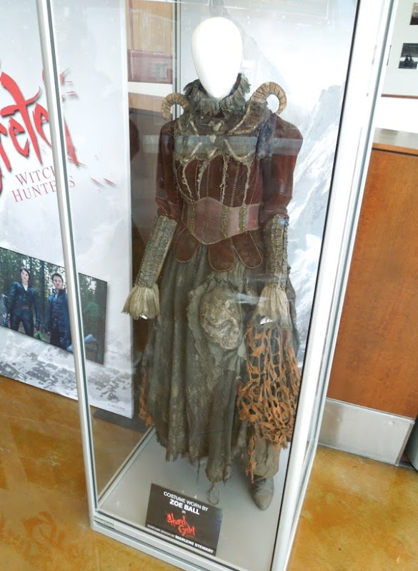 Hansel Gretel Witch Hunters Tall Witch costume