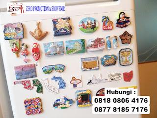 Rubber merchandise, Rubber Wrist band, Gelang Karet, bingkai foto, tempat kunci, magnet karet,   tatakan gelas, gantungan kunci, Merchandise Rubber