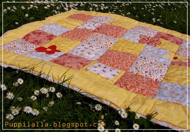 simple squares, beginner friendly, quilt, baby blanket, patchwork, Puppilalla