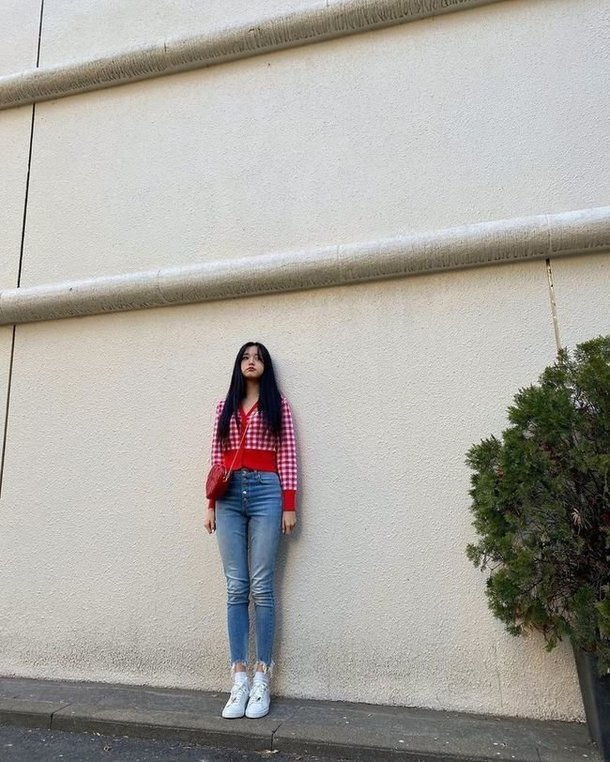 IZ*ONE Jang Wonyoung vücut ölçüleriyle yeniden dikkat çekti