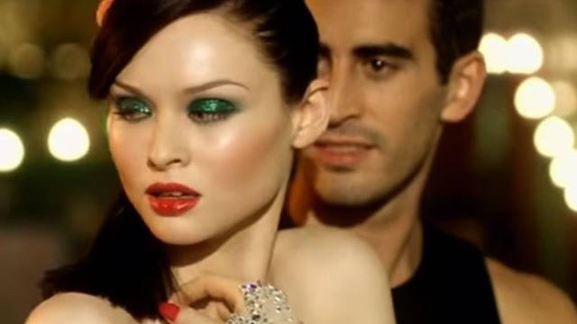 Sophie Ellis-Bextor Make-up: Murder on the Dancefloor video makeup inspired look