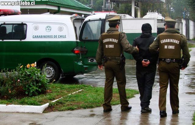 Detenidos de madrugada tras protagonizar asalto a transeúnte
