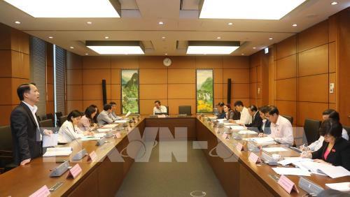Đại biểu Quốc hội các tỉnh: Sóc Trăng, Hưng Yên thảo luận ở tổ