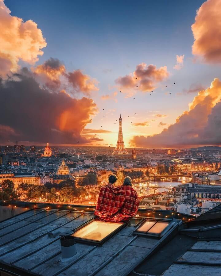 04-Paris-rooftop-Diego-Hernandez-www-designstack-co