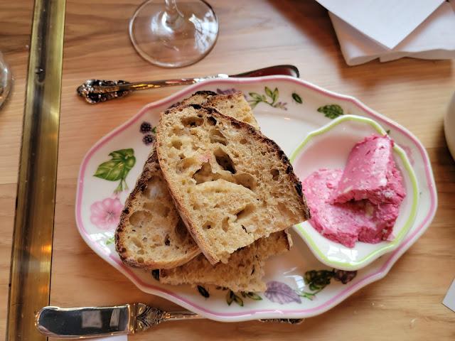 Porridge Bread with beet butter