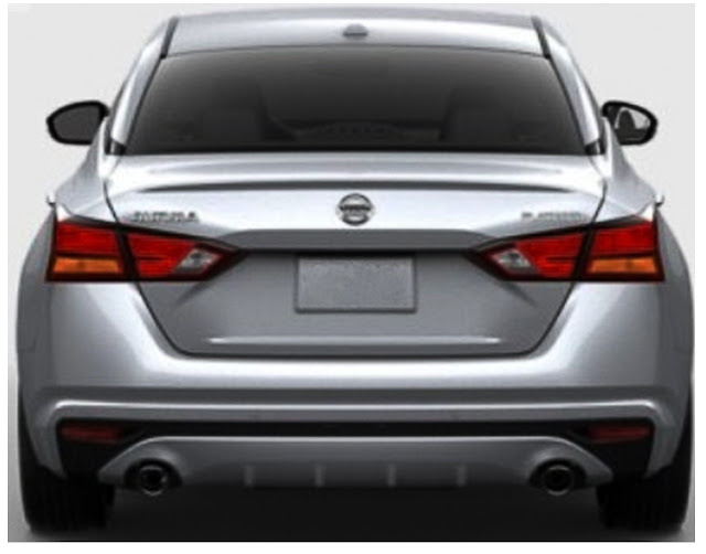 nissan-altima-2020-taillights-exhaust-briliant-silver-metallic