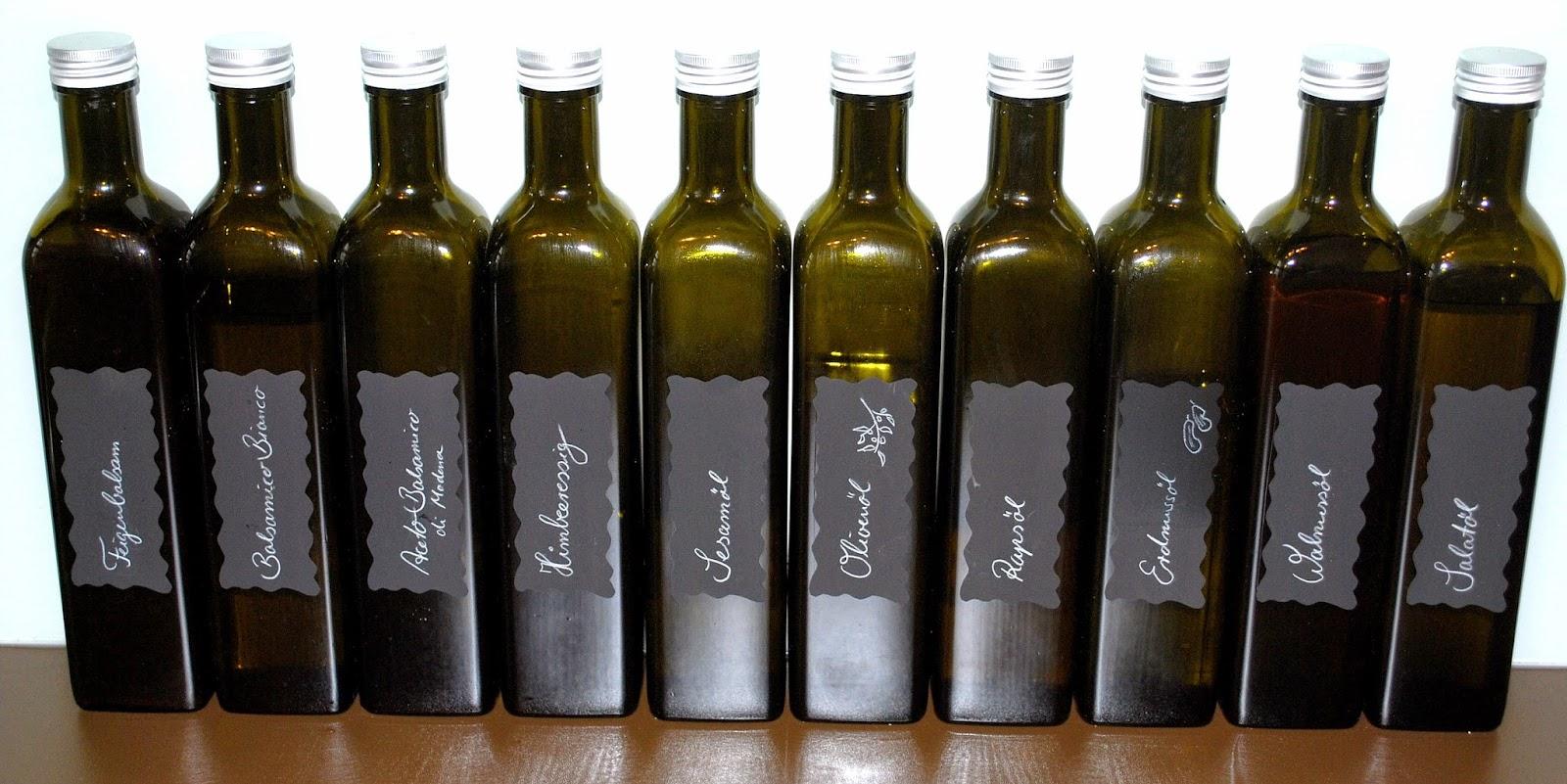 Dunkle Flaschen Für Olivenöl : golfkinder ordnung im k chenschrank ~ Orissabook.com Haus und Dekorationen